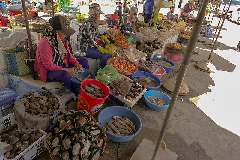 fishmarket at ferry terminal Vietnam