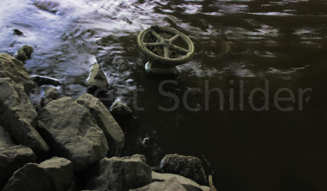 valve in the river Scheldt