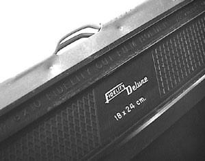 18x24 cm. film cassettes